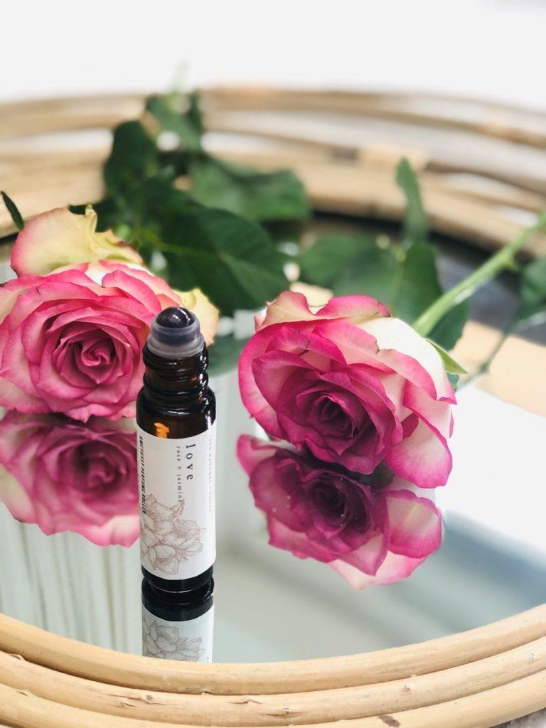 LOVE natuurlijke parfum roller met jasmijn olie by Good Vibe & Co. 1