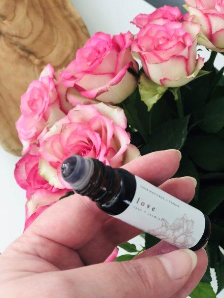 LOVE natuurlijke parfum roller met jasmijn olie by Good Vibe & Co.