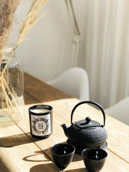 Moederdag geurkaars met houten lont zwart Good Vibe & Co.